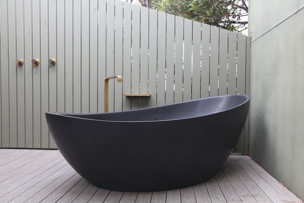 * Dec 2016 - New Addition* || Relax under the stars, in the exclusive stone freestanding bath.
