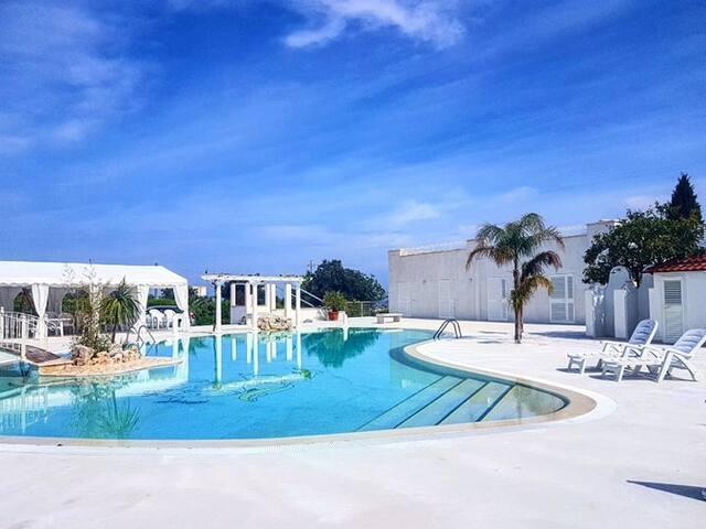 All`Ombra del Carrubo- matrimoniale con piscina