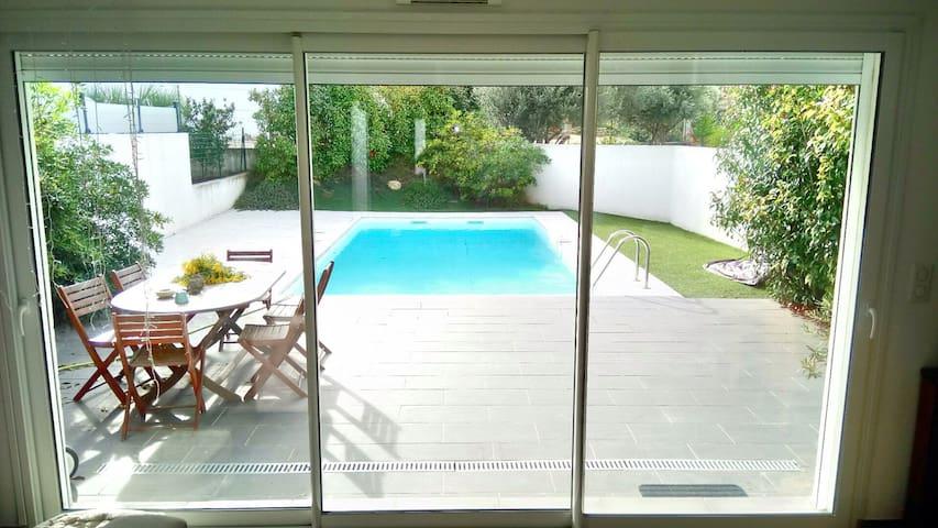 Villa avec piscine privée 2 ch - Ceyreste