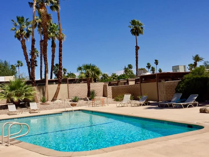 Bright, Spacious Palm Springs Condo