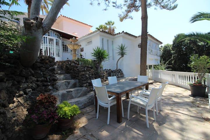 Canarian style house, Chayofa, near Los Cristianos