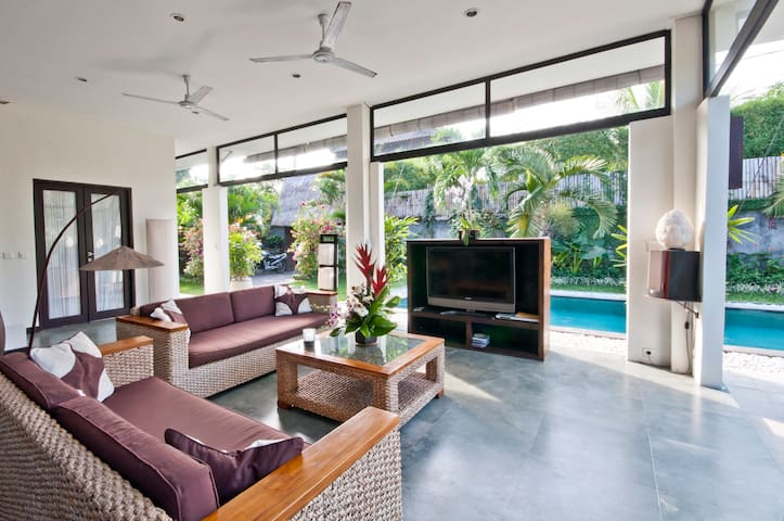 2 BR Private Villa Paradise Seminyak - Kuta - Villa