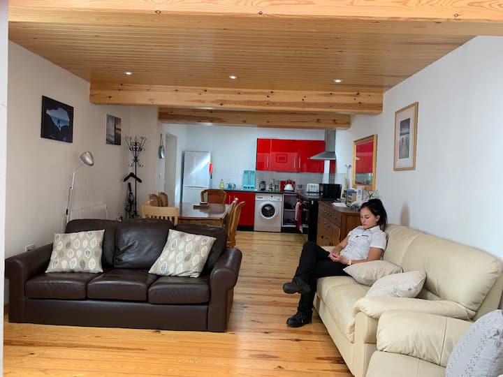 Arnside Hideaway, Spacious And Comfortable Home