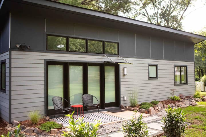 New, luxury, tiny house in central Charlottesville