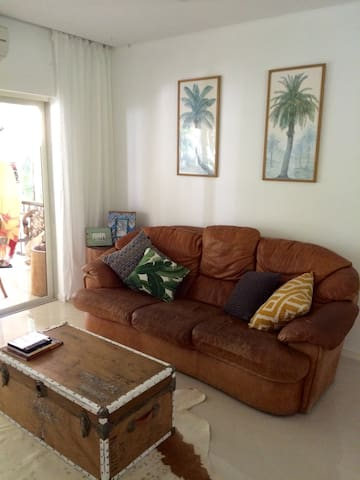 LUXURIOUS AT THE COVE+INTERNET - Palm Cove - Apartamento