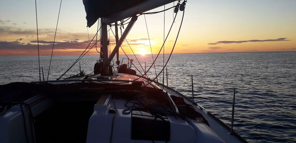 Family holidays in a crewed 44 feet sailboat