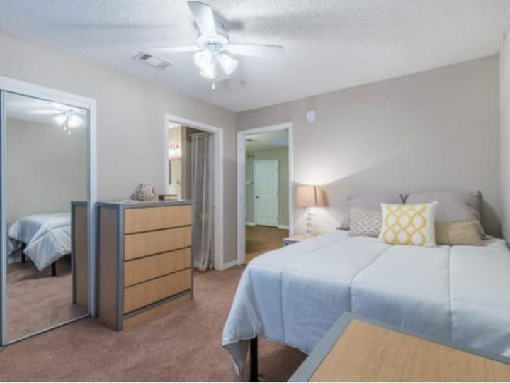 Fully Furnished Single Bedroom With Bathroom.