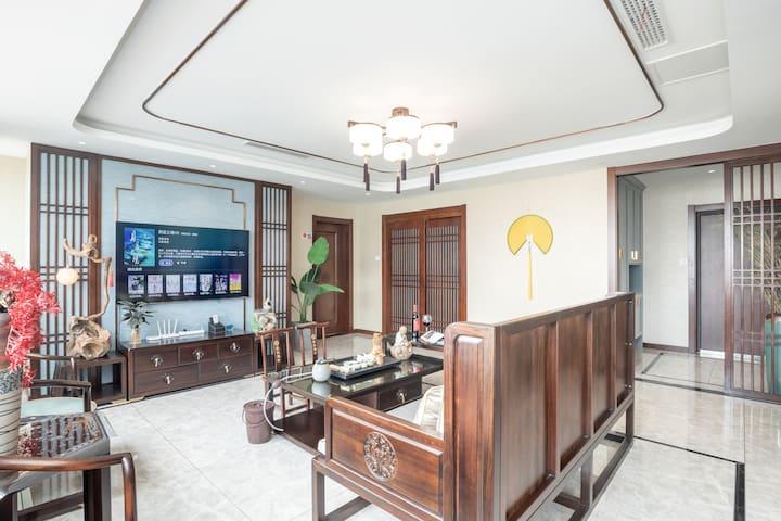 青岛乐乎♡五四广场奥帆中心燕儿岛公园奢华新中式220度全海景两居室
