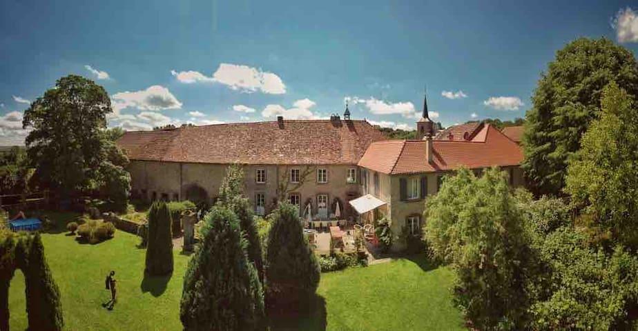 Wohnung mit kleinem Wintergarten
