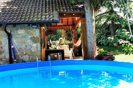 L'Anoia (Barcelona). Entire, charming guest house.