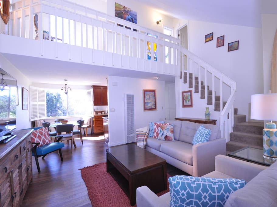Stained Glass Loft By The Sea 3 Bed 1 5 Bath Apartments For Rent In Carlsbad California