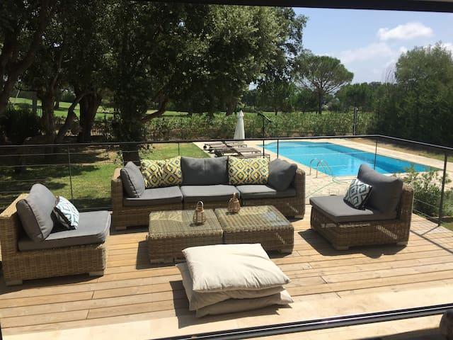Villa 8p sur Golf Grimaud, Piscine Chauffée Privée