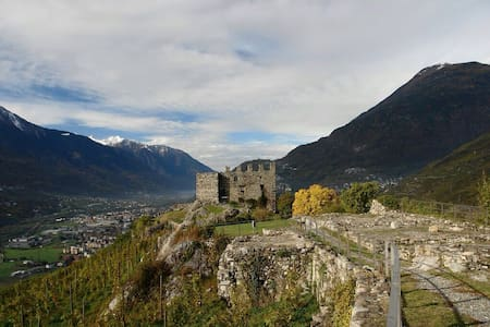 Lovely flat near Sondrio - Montagna In Valtellina
