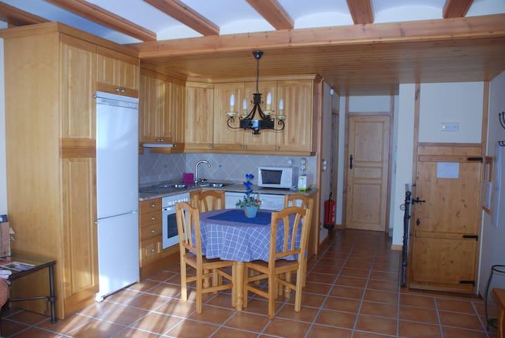 Apartamentos en el Maestrazgo, Fortanete (Teruel)