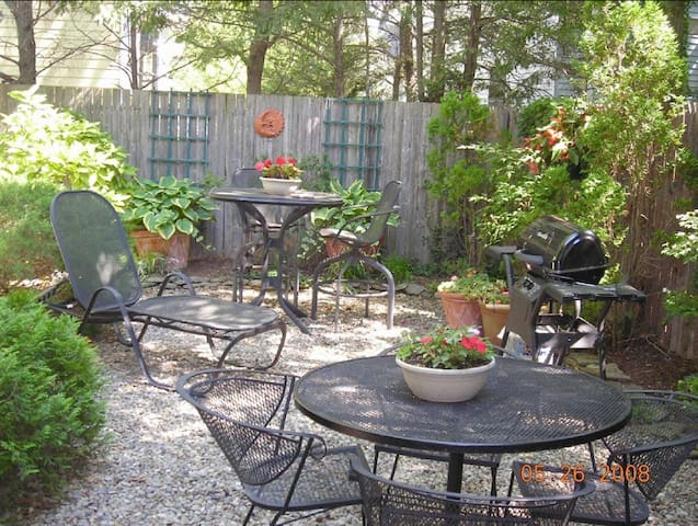 Charming, Quiet, Downtown Rehoboth - Rehoboth Beach - Casa