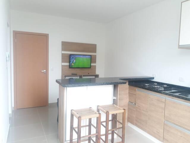 Apartamento em Caiobá P/ 4 pessoas