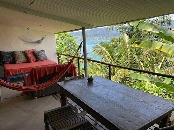 Cabana sobre o mar - com acesso a praia particular