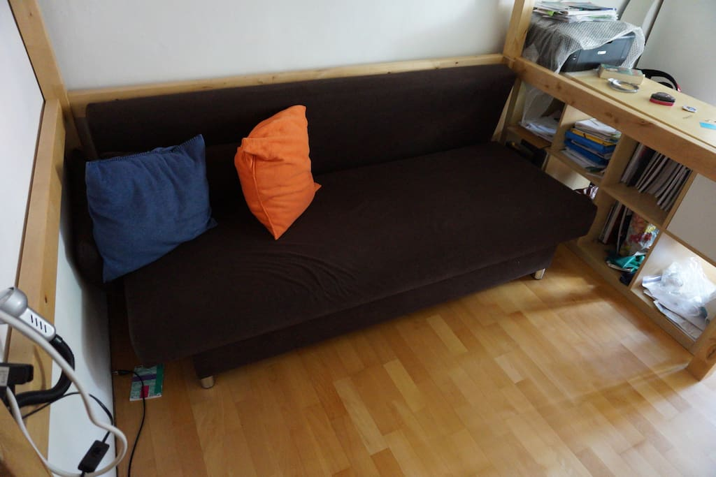 futon that can sleep 2 side by side in the room