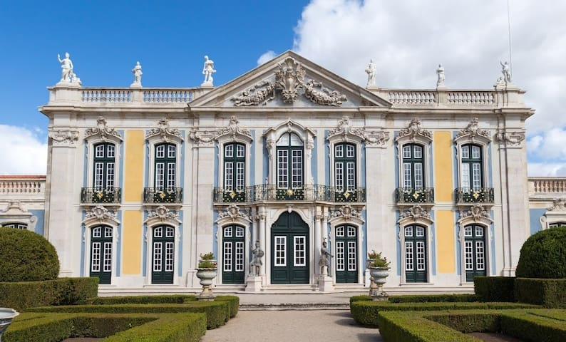 QUELUZ  KINGS LAND