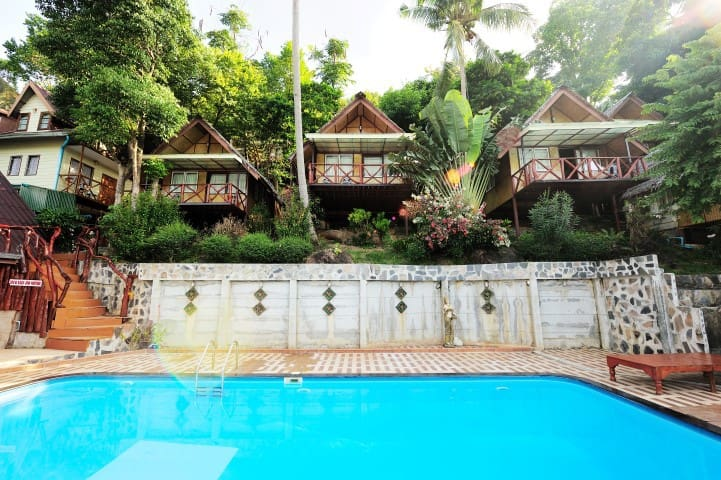 Super Twin Bungalow on Phi Phi Paradise!