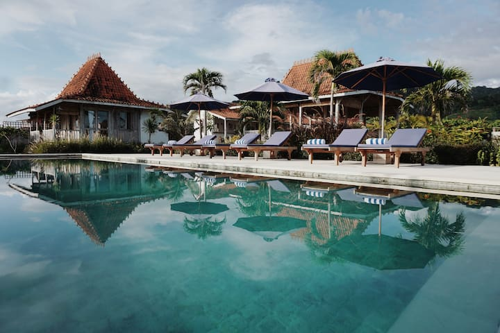 Mambo Surf Lodge, Cottage 2, Lakey Peak, Sumbawa
