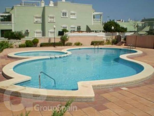 2 bed Apartment with solarium and FREE Transfers - Gran Alacant - Lägenhet