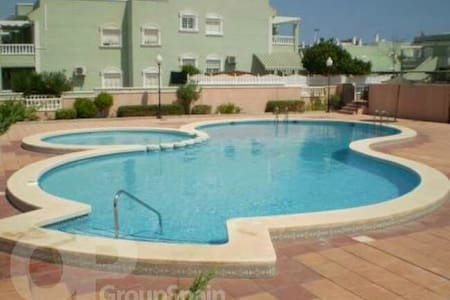 2 bed Apartment with solarium and FREE Transfers - Gran Alacant - Pis