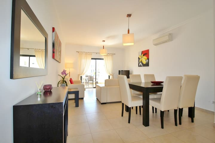 A Modern Spacious Two Bedroomed Apartment in Lagos
