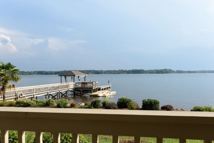 Sunset Pointe, Main Channel, Sleeps 16