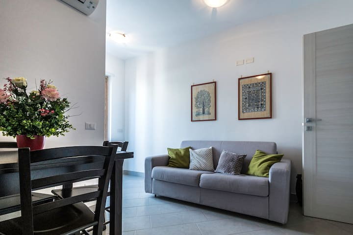 Cozy Apartment in Sorrento Center - ซอร์เรนโต้