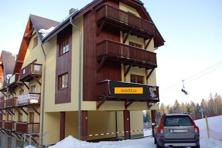 Apartament lola33.pl Turystyczna 27 - Szklarska Poręba - Huoneisto