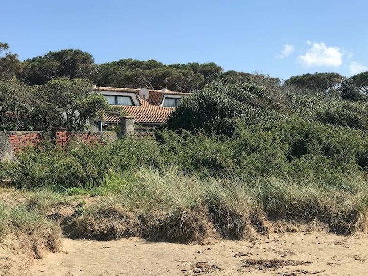 Villa sulla spiaggia a Giannella GR