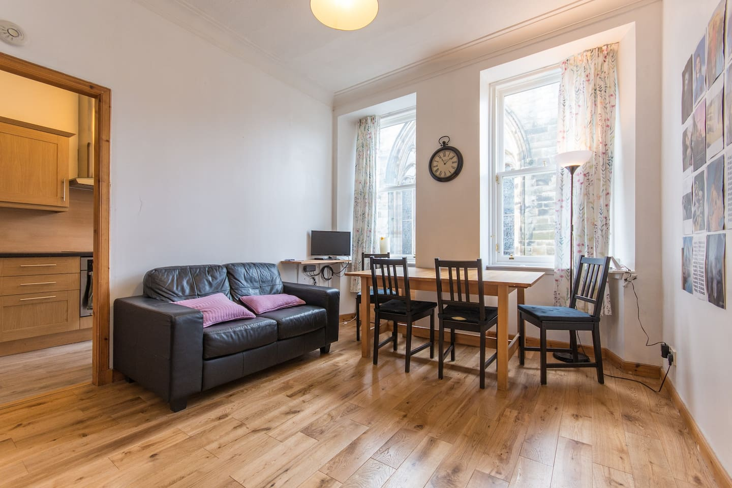 Sheila's flat is bright and spacious, set in the heart of historic St Andrews.
