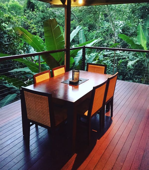 Private Home Queensland Australia: Treetops Retreat Cairns-PRIVATE RESORT HOME