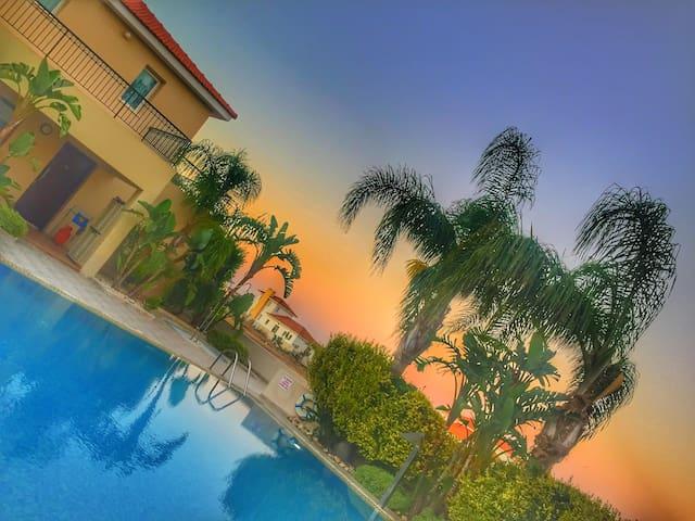 Luxury, modern flat; stunning pool; near Agia Napa