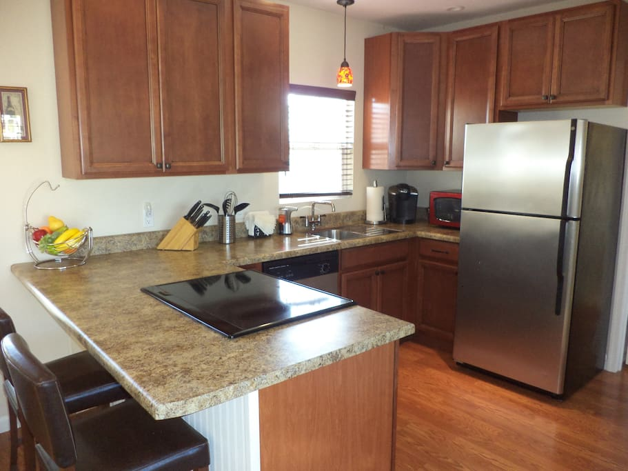 Full Kitchen with dishwasher and garbage disposal