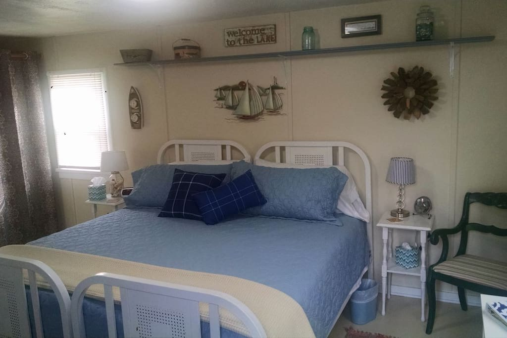Newly remodeled with new king size restonic bed.