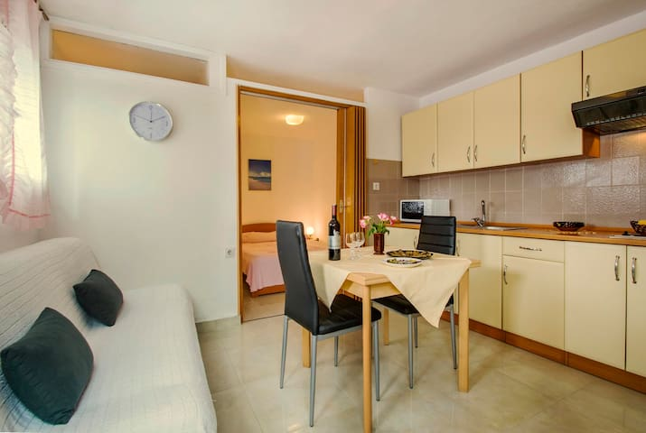 """""""2023"""" Apartment for 2 people - APP 4"""