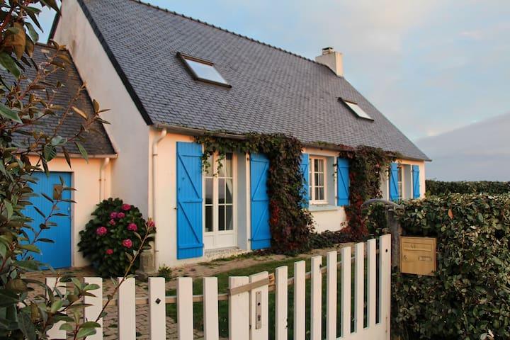 Charmante maison de pêcheur face à l'Océan - Le Conquet - Дом