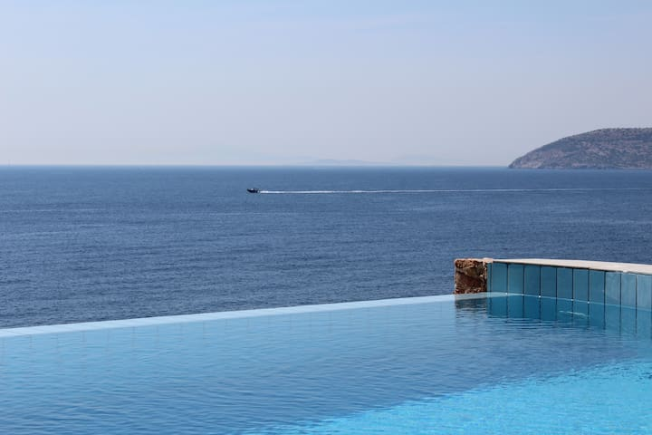 Dream View Villa With  Edge Pool Near Sounion