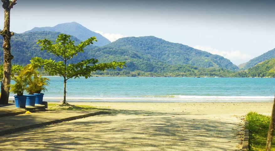 Frente ao Mar, Praia Perequê-Açú, Portaria 24horas