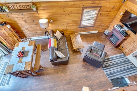 High-Tech Log Cabin in the Woods with WiFi