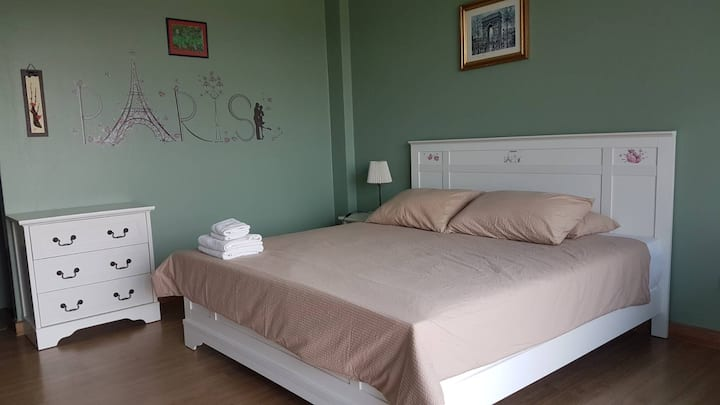Boutique Hotel Residence 32sqm-king size bed RoomC