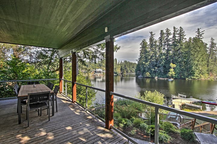 Renovated Olympia Cabin w/Private Dock on Lake