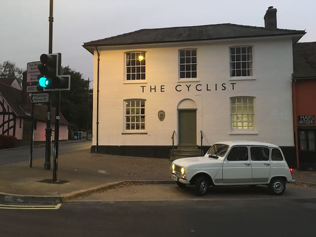 The Cyclist, Sudbury - LDN 1hr 20