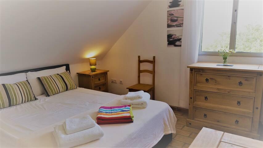 QV B&B B1 - Double Room / Private Bathroom - Loulé - Bed & Breakfast