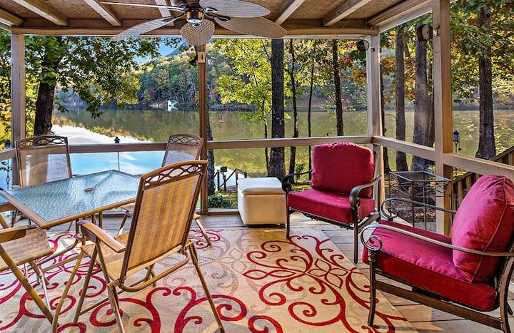 Papa's Lakeside Retreat - Mr Lake Lure Vacation Rentals