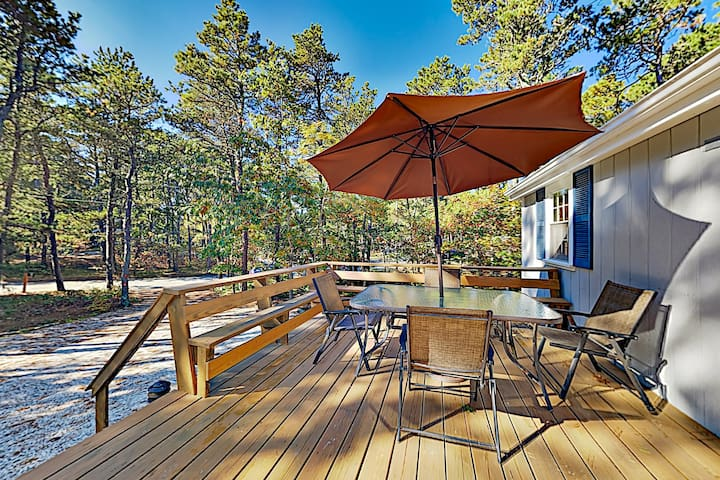 Wooded Home with Alfresco Dining, Near Beaches