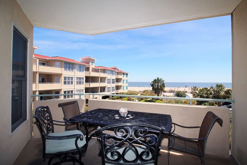 Beautiful views of the Atlantic Ocean Across the Courtyard and Swimming Pool from your Private Balcony