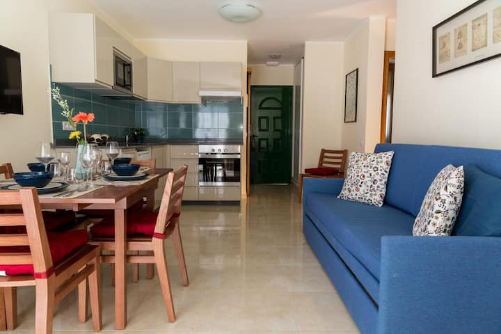Digital Nomads Luxury Two Bedroom Apartment 50m2, Fast Wi-Fi 100 Mbps user